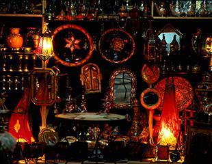 Shopping dagli artigiani locali per le vie di Taroudant