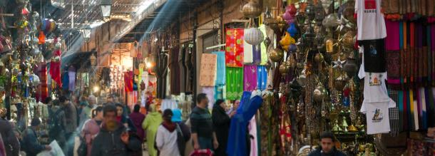 a tour in the souk of the old Médina of marrakech for a good shopping day tourism in morocco