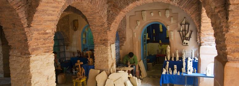 local-produit-and-craft-in-the-agadir-the-old-city-tourism-in-moroccot