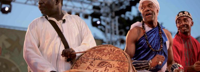 essaouita mogador genaoua festival musical instrument