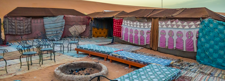 Tents-and-bivouacs-in-the-moroccan-sahara