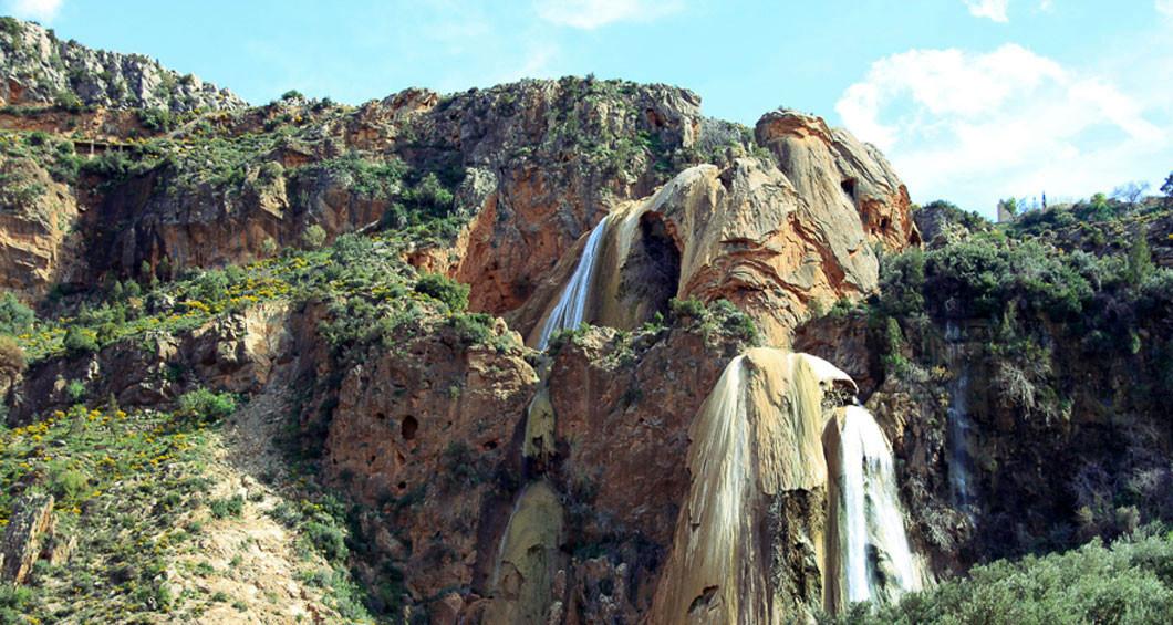 Immuzer vattenfall i Ida utanane