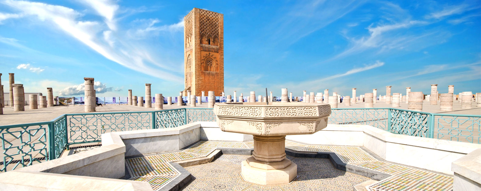 belle palace avec la tour hassan