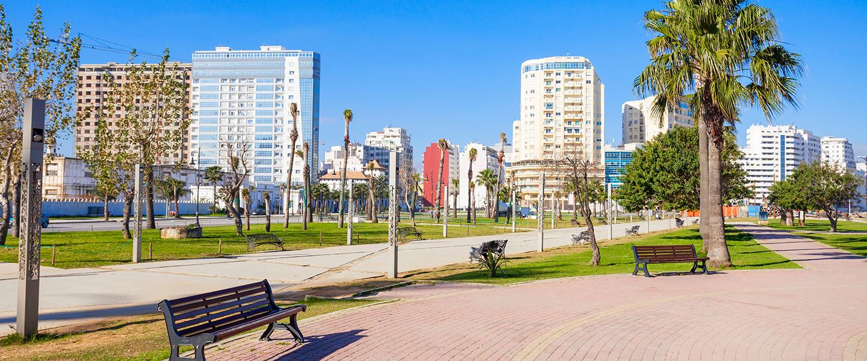 Tangeri: nuotare all'ombra dello Stretto